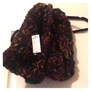 Accessories - Steve Madden yarn scarf
